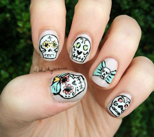 30-Halloween-Nails-Art-Designs-Ideas-2016-16