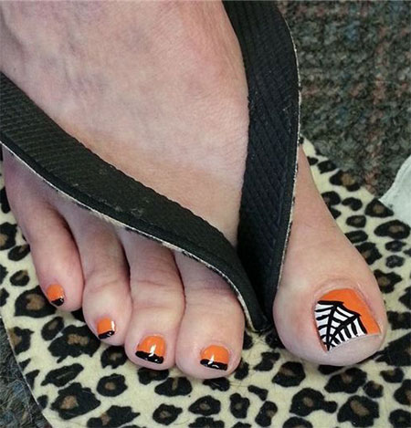12-halloween-toe-nail-art-designs-ideas-2016-8