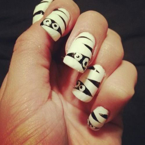 15-halloween-mummy-nail-art-designs-ideas-2016-12