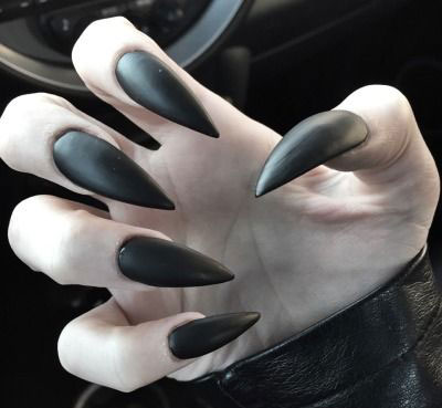 15-Witch-Halloween-Nails-Art-Designs-Ideas-2016-15