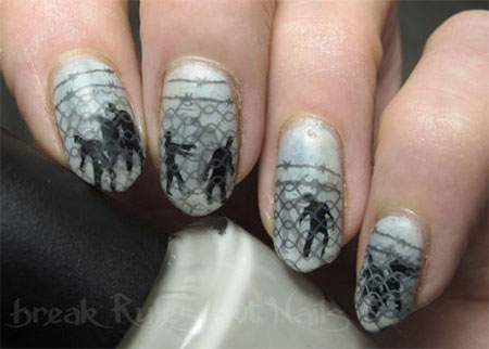 18-scary-halloween-nail-art-designs-ideas-2016-1