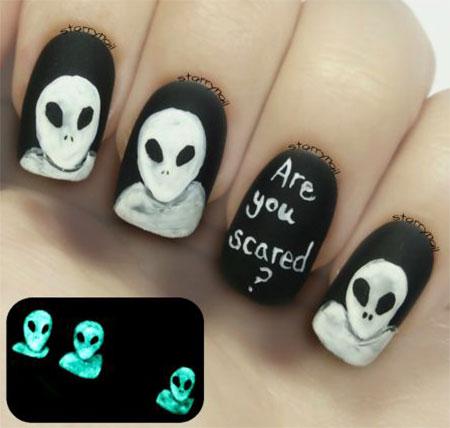 18-scary-halloween-nail-art-designs-ideas-2016-12