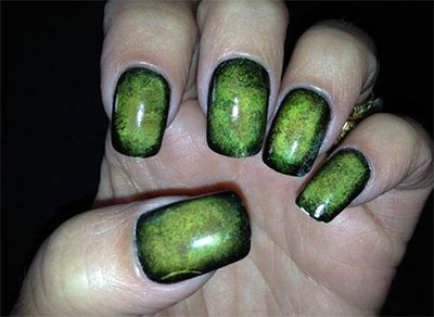 20-Zombie-Nail-Art-Designs-Ideas-2016-Halloween-Nails-5