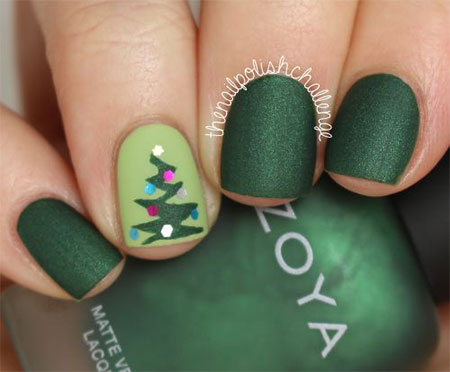 20-easy-cute-christmas-nails-art-designs-ideas-2016-9