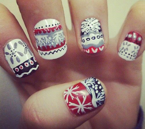 15-ugly-christmas-sweater-nail-art-designs-ideas-2016-12