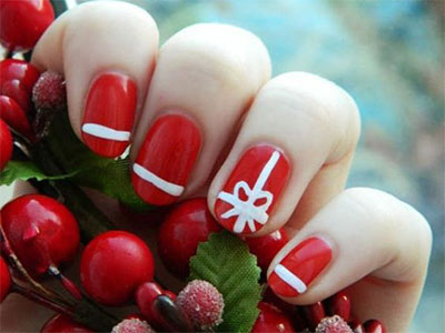 18-christmas-present-nail-art-designs-ideas-2016-xmas-nails-12