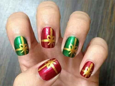 18-christmas-present-nail-art-designs-ideas-2016-xmas-nails-15