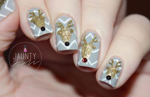 18-christmas-reindeer-nail-art-designs-ideas-2016-xmas-nails-18