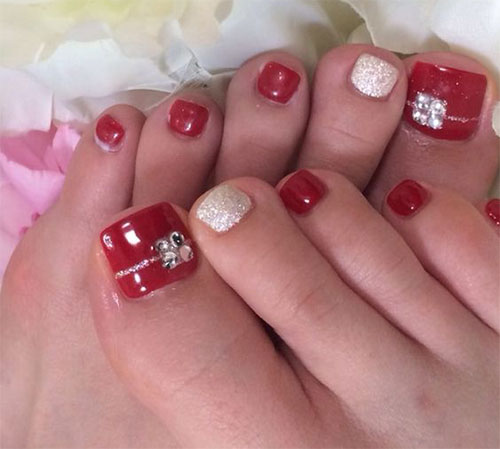 20-best-merry-christmas-toe-nail-art-designs- - 20 Best Merry Christmas Toe Nail Art Designs 2016 Holiday Nails