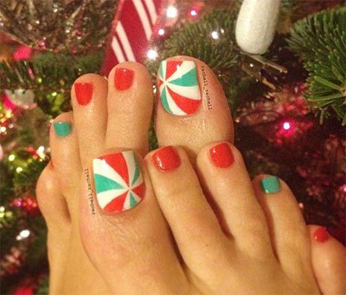 20-best-merry-christmas-toe-nail-art-designs-2016-holiday-nails-12