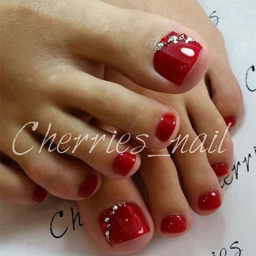 20 Best Merry Christmas Toe Nail Art Designs