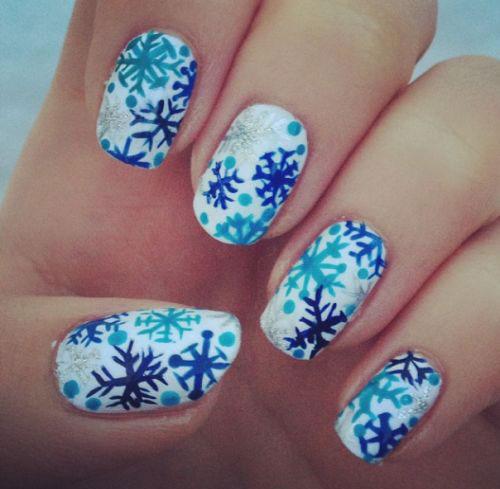 20-christmas-snowflake-nail-art-designs-ideas-2016-xmas-nails-11