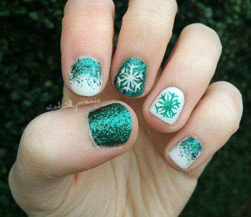 20-christmas-snowflake-nail-art-designs-ideas-2016-xmas-nails-14
