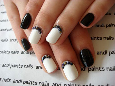 18-awesome-winter-black-nails-art-designs-ideas-2016-2017-2
