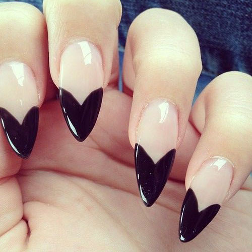 15-Valentines-Day-Pointy-Nail-Art-Designs-Ideas-2017-Vday-Nails-13