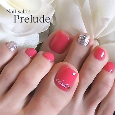 15-Valentines-Day-Toe-Nail-Art-Designs-Ideas-2017-Vday-Nails-14