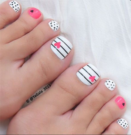 15-Valentines-Day-Toe-Nail-Art-Designs-Ideas-2017-Vday-Nails-15