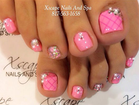 15-Valentines-Day-Toe-Nail-Art-Designs-Ideas-2017-Vday-Nails-3