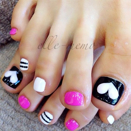 15-Valentines-Day-Toe-Nail-Art-Designs-Ideas-2017-Vday-Nails-7
