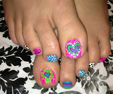 15-Valentines-Day-Toe-Nail-Art-Designs-Ideas-2017-Vday-Nails-9