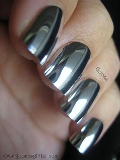 15-Amazing-Silver-Mirror-Nail-Art-Designs-Ideas-2017-Chrome-Nails-7