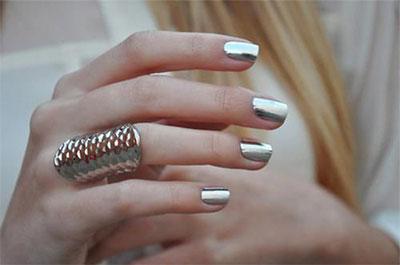 18-Gold-Metallic-Chrome-Nails-Art-Designs-Ideas-2017-13