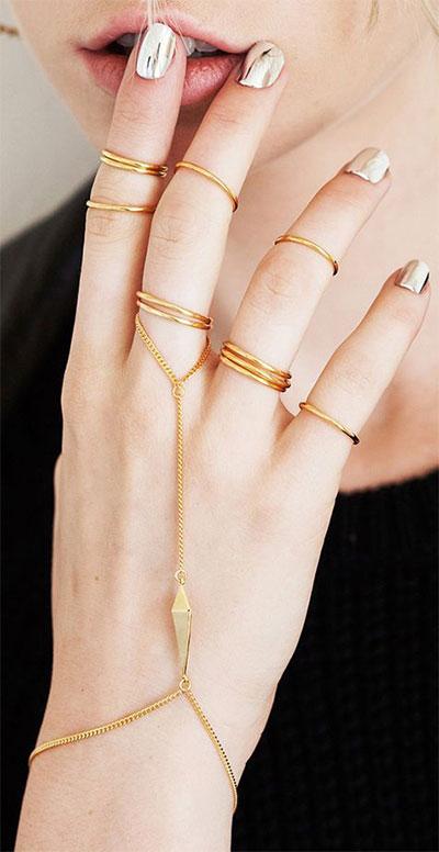 18-Gold-Metallic-Chrome-Nails-Art-Designs-Ideas-2017-16
