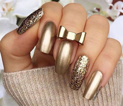 18 Gold Metallic Chrome Nails Art Designs Ideas