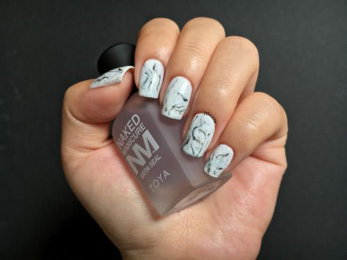 20-White-Marble-Nails-Art-Designs-Ideas-2017-12