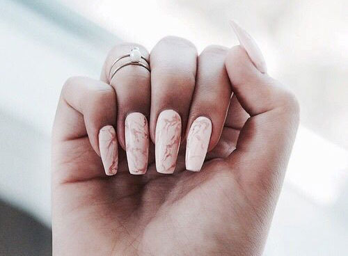 Marble nail designs best nails 2018 20 white marble nails art designs ideas 2017 fabulous nail prinsesfo Gallery