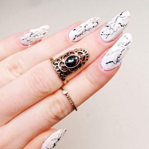20-White-Marble-Nails-Art-Designs-Ideas-2017-21