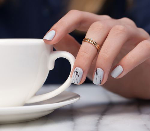 20-White-Marble-Nails-Art-Designs-Ideas-2017-22