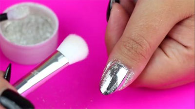 Easy-Simple-Chrome-Nail-Art-Tutorials-For-Beginners-2017-4