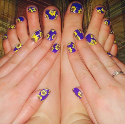 15-Spring-Toe-Nails-Art-Designs-Ideas-2017-14