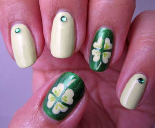 18-Best-St.Patricks-Day-Nail-Art-Designs-Ideas-2017-14