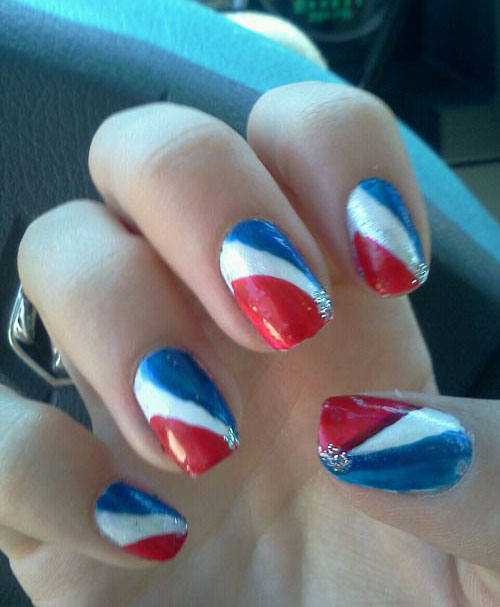 15-Simple-4th-of-July-Nails-Art-Designs-Ideas-2017-13