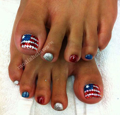 4th-of-July-Toe-Nails-Art-Designs-Ideas-2017-2