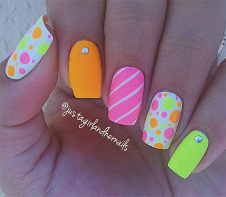 15-Neon-Summer-Nails-Art-Designs-Ideas-2017-13