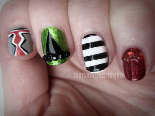 15-Easy-Simple-Halloween-Nails-Art-Designs-Ideas-2017-15