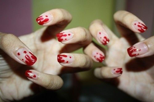 15-Halloween-Blood-Nails-Art-Designs-Ideas-2017-14