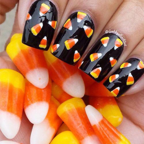 15-Halloween-Candy-Corn-Nails-Art-Designs-Ideas-2017-11