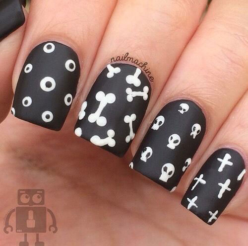 15-Halloween-Skull-Acrylic-Nails-Art-Designs-Ideas-2017-14
