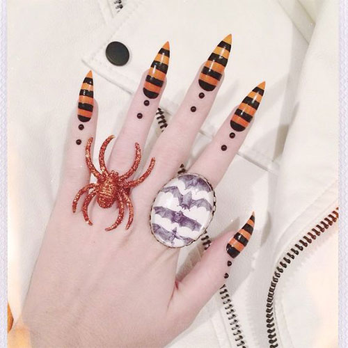 15-Scary-Halloween-Nails-Art-Designs-Ideas-2017-15