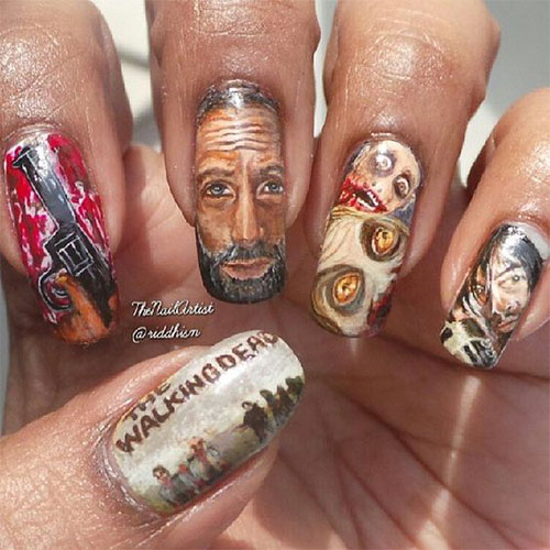 15-Scary-Halloween-Nails-Art-Designs-Ideas-2017-2