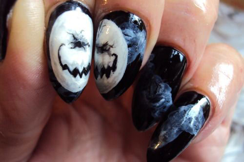 15-Scary-Halloween-Nails-Art-Designs-Ideas-2017-9