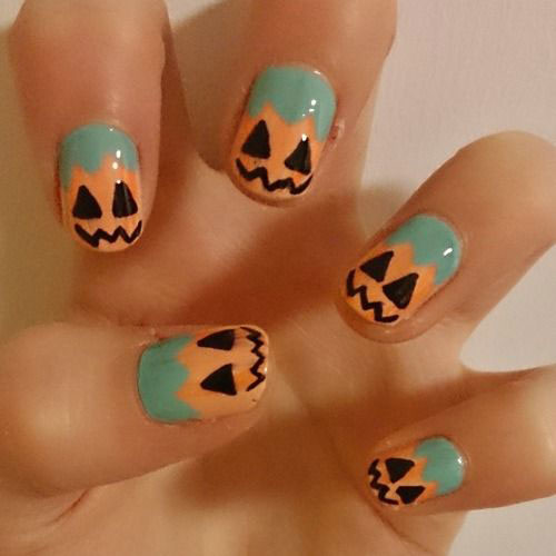 18-Easy-Halloween-Pumpkin-Nails-Art-Designs-Ideas-2017-9