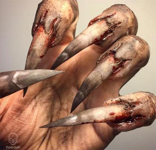 18-Halloween-Zombie-Nails-Art-Designs-Ideas-2017-3