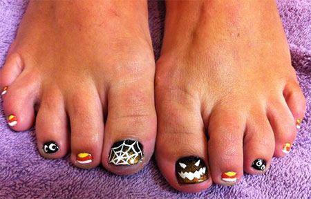 15-Halloween-Toe-Nails-Art-Designs-Ideas-2017-3
