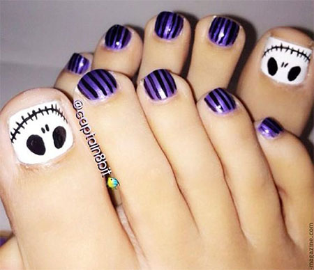 15-Halloween-Toe-Nails-Art-Designs-Ideas-2017-5