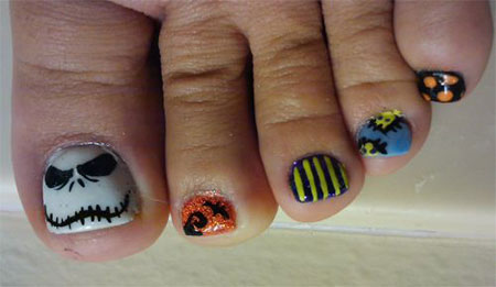 15-Halloween-Toe-Nails-Art-Designs-Ideas-2017-8